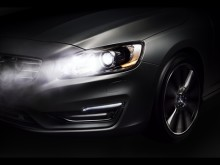 Volvo Cars gör nattkörning säkrare och bekvämare med innovativt permanent helljus