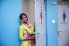 Lindex och WaterAid startar projekt i Myanmar som förbättrar livet för kvinnor inom textilindustrin