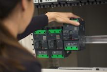 Compact NSXm: En fleksibel og pladsbesparende maksimalafbryder med mærkestrøm op til 160A