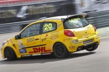 Sensationen Skoog siktar uppåt i Clio Cup JTCC