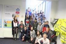 20 Schülerinnen und Schüler entdecken die Lyreco Welt