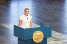 Beatrice Fihn til Nobels Fredssenter