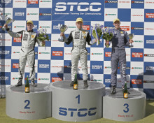 Tätt i toppen i Clio Cup JTCC