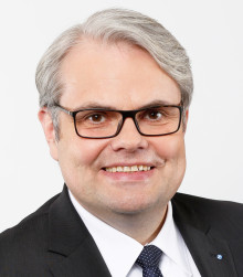 Bernd O. Engelien