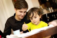 Gustav Fridolin - Vi hjälper dig med barnpassning!