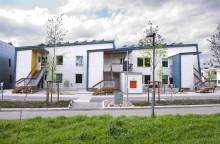Nyinflyttade - första hyresgästerna på Höjdenvändan i Lerum