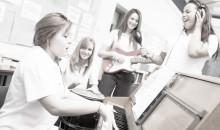 Så positionerar sig elever i musikklassrummen