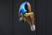 Urhoppning i semifinalen i EM i trampolin för Lina Sjöberg som nu laddar om för EM-final i DMT.