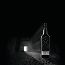 HIGHLAND PARK PRESENTERAR 'THE DARK'