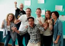 Gemenskap ger unga chans till jobb i välgörenhetsprojekt till förmån för Ung Cancer