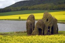 Världsberömd konstnär skapar skulptur  på Astrid Lindgrens Näs!