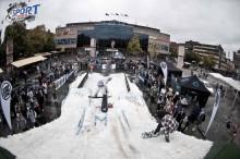 Snowboard, bag jump och studsmatta på Winter Show