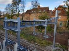 Svenska rådgivare färdigställer RS2 sträckan – en milstolpe för Englands järnvägselektrifiering
