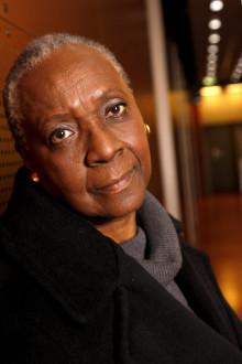 Maryse Condé tar emot Den Nya Akademiens litteraturpris 2018 på Berns