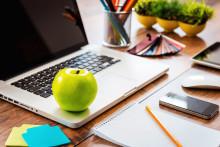 7 sunde snacks som du kan spise ved skrivebordet