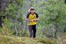 Världsmästaren Tove Alexandersson springer 2XU Idre Fjällmaraton