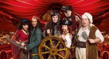 """Hilfe, die Piraten kommen! Varieté-Dinnershow """"GANS GANZ ANDERS"""" 2018 entführt Gäste in die Karibik"""