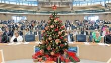 Livsmedelsföretagens julbordsundersökning del 1: Vilken partiledare och vilket regeringsalternativ vill svenska folket helst fira jul med?