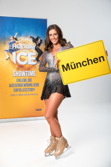 Sarah Lombardi live bei HOLIDAY ON ICE in München