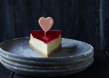 Mors Dag kage med forårets nye rabarber