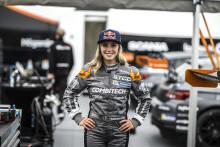 Historiska segraren Mikaela Åhlin-Kottulinsky klar för STCC 2019 med PWR Racing