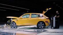 Omfattende kollisjonstesting av Mercedes-Benz EQC