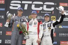 Korpivaara tog revansch – men Jern kvar i Clio Cup-topp