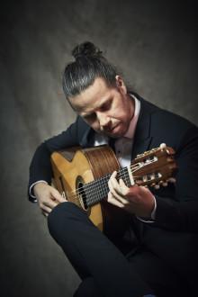 Gitarrist i världsklass tar flamencon till Kungsbacka Teater