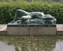 Nakna atleter och skönheter - skulpturvandring i slott och park med ett genusperspektiv
