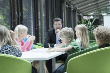 Lastenhoitoapu auttaa henkilöstöä työn ja perheen yhteensovittamisessa