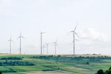 Stormfullt kraftmarked - men liten prisendring