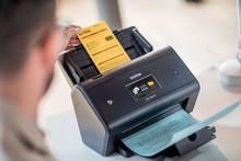Gestiona el flujo de digitalización de los documentos con Barcode Utility de Brother