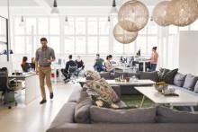 Anställda: Företagen slänger datorer och mobiler som fungerar