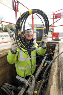 BT community scheme brings high-speed broadband to North Dorset village