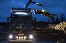 Färre transporter och mindre utsläpp med nya virkesfordon