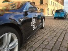 Testa en Tesla Med Kalmar Energi och Scandic på nya elbilsmacken