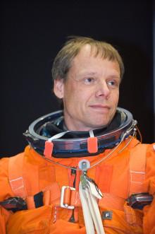 Pressinbjudan: Christer Fuglesang berättar om naturvetenskap och teknik