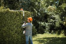 Ylety korkeammalle uudella akkukäyttöisellä STIHL-pensasaitaleikkurilla