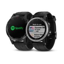 Garmin® presenterer integrasjon med Spotify. Lytt til musikk offline, direkte fra klokka. Først ut er fēnix® 5 Plus-serien.