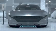 Hyundai viser autonom parkering og trådløs lading av elbil