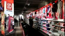 I morgon klockan 10:00 öppnar Europas första 1D World-butik i Stockholm