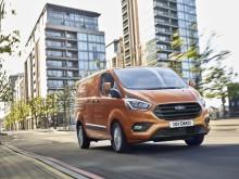 Nový Ford Transit Custom dostal atraktivnější design a propracovanější interiér