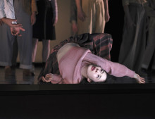 Operapremiär, minifestival och vernissage med rymdtema