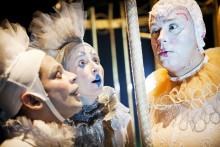 Clowner utan Gränser presenterar: Drömställe - en clownföreställning om drömmars kraft att förändra
