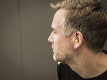 Sådan placerer du en øreprop korrekt