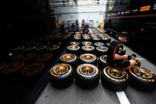 Paul Hembery: Pirelli ger teamen ett nytt sortiment F1-däck som blandar stabiliteten hos förra säsongens däck med prestandan från årets