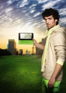 Sony delivers a smarter on-the-move computing experience: Ultra-portable, easy to carry new VAIO P Series