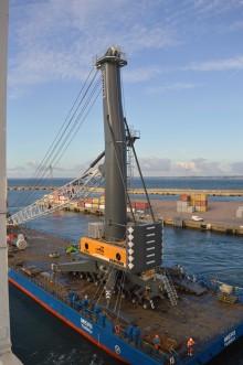Ny containerkran för Helsingborgs Hamn lägger grund för vidare containerexpansion