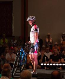 Nu rullar cykelnyheter på catwalken