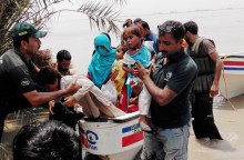 Tusentals barn drabbade av översvämningar i Pakistan